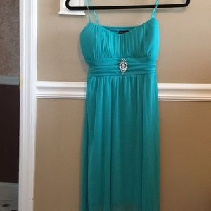 Junior's party dress brand new size small
